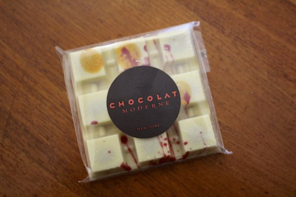 """Chocolate Moderne """"The Lover"""" White Chocolate"""