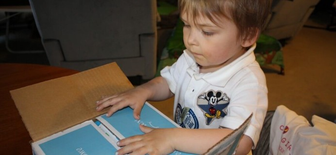 April 2014 Silly Rhino Review – Baby & Toddler Subscription Box