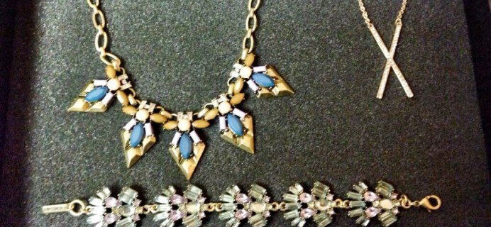 August 2014 JewelMint VIPBOX Jewelry Subscription Box Review