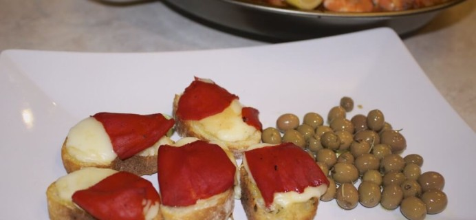 Easy Spanish Tapas Recipes – Marinated Arbequina Olives and Stuffed Piquillo Pepper Toasts