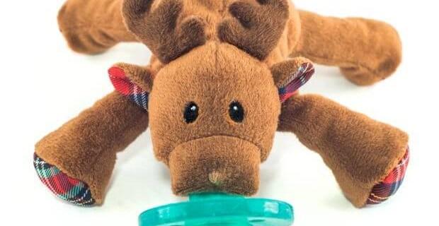 We love WubbaNub! plus Holiday Reindeer WubbaNub Giveaway!