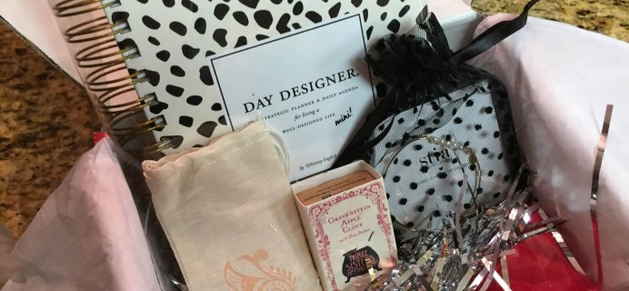 December Little Lace Box Subscription Box Review + $10 Coupon