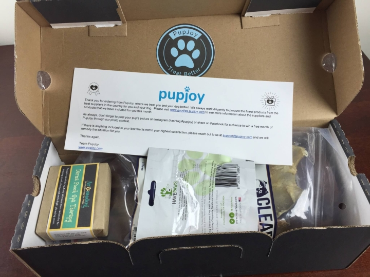 pupjoy box june 2015 IMG_1724