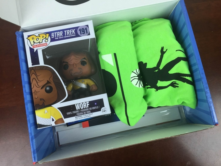 comic con box august 2015 unboxing