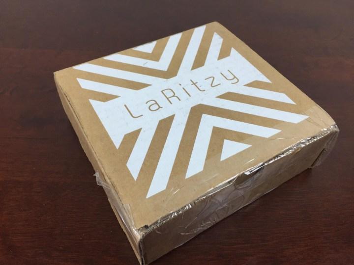 laritzy august 2015 box