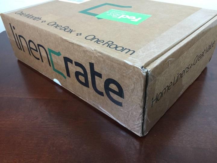 linen crate august 2015 box
