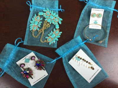 Dot + YoYo Review + Coupon – October 2015 – New Jewelry Subscription Box!