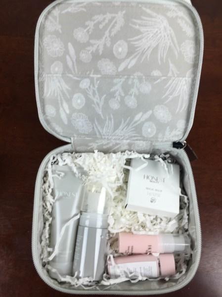 honest beauty bundle Travel Kit open