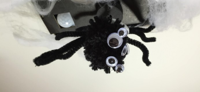 Tinker Crate Motion Sensing Spider Review – Last Day to Save on Kiwi Crate Halloween Crafts!