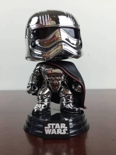 Star Wars Smugglers Bounty November 2015 captain phasma chrome funko