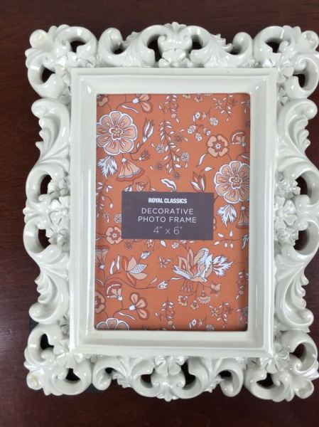 Little Lace Box December 2015 photo frame
