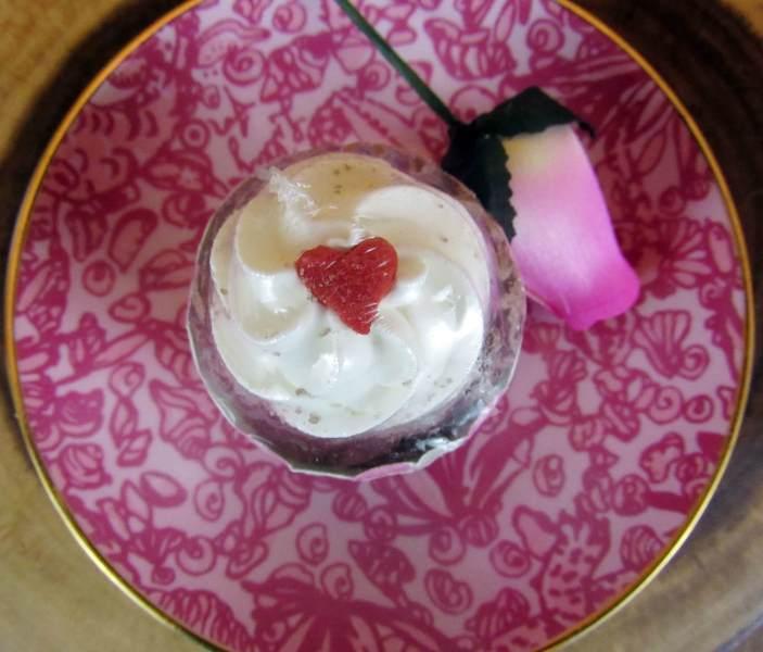 Country Market Crafts - Chocolate Cupcake Bubble Bar & Bath Bomb