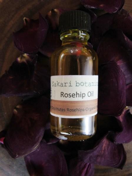 Sakari Botancisl Rose Hip Oil