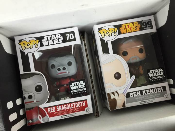 Smuggler's Bounty Star Wars Box March 2016 unboxed (2)
