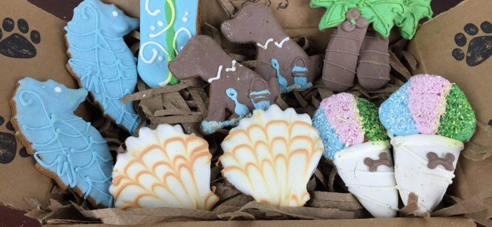 Petite Fours Treats May 2016 Subscription Box Review