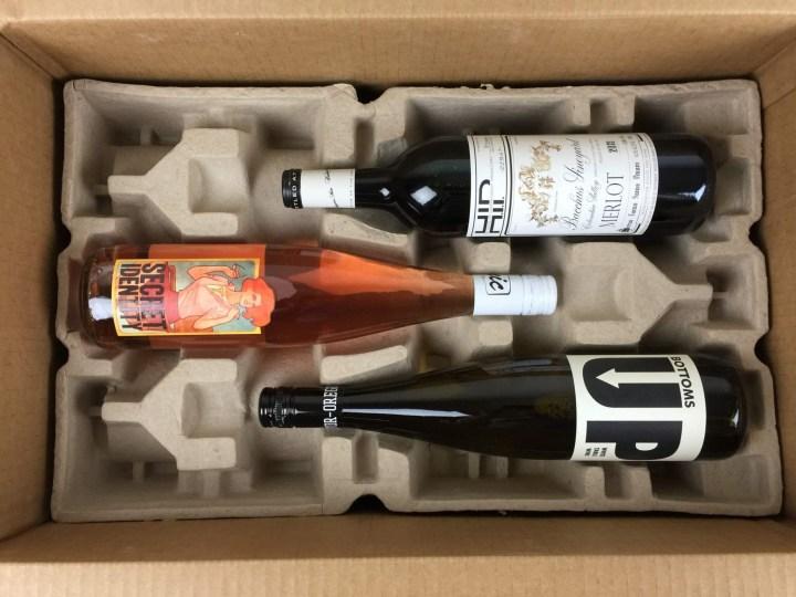 Wine Awesomeness Box July 2016 unboxing