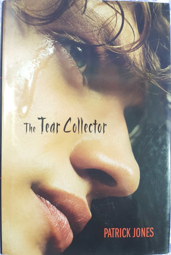 bookcase_nov2016_tearcollector