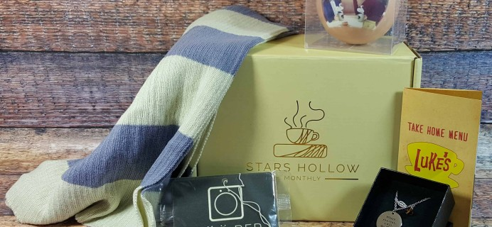Stars Hollow Monthly Subscription Box Review – December 2016