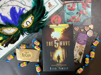 ReadDog Books Subscription Box Review – August 2017