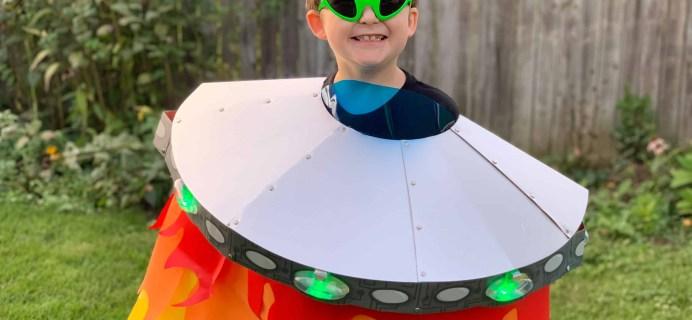 KiwiCo Halloween Costume Crate Review – LIGHT-UP ALIEN SPACESHIP
