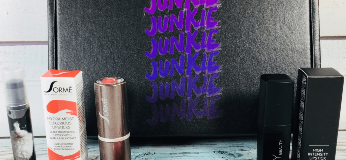 Lipstick Junkie Cyber Monday 2018 Coupon: Get Your First Box For Only $5!