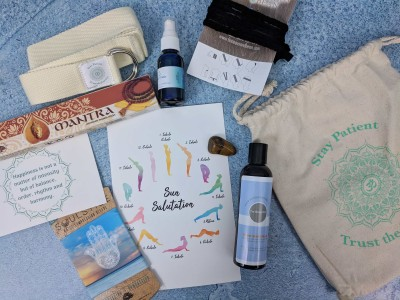 BuddhiBox Yoga Subscription Box Review + Coupon – November 2018
