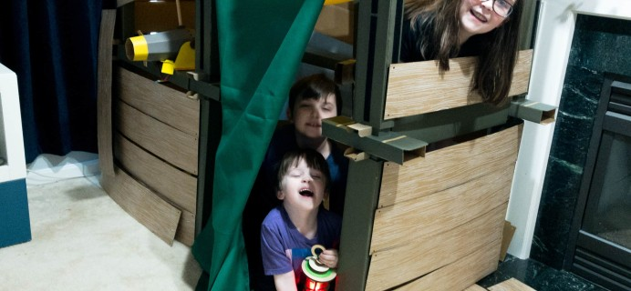 KiwiCo Make-And-Play Fort Review – Fort