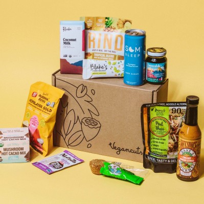 Vegancuts Snack Box Cyber Monday Sale: $30 OFF 6-month Plans, Save $75 on Annual Plan!