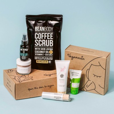 Vegancuts Beauty Box Cyber Monday Deal: Save Up to $75 on Vegan Beauty Box Subscriptions!
