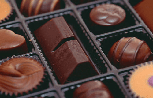 Amazing Clubs Chocolate of the Month Club – Review? Gourmet Chocolate Subscription!