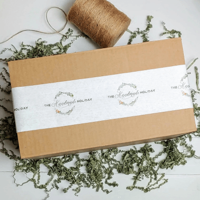 The Handmade Holiday – Review? Home & Lifestyle Subscription!