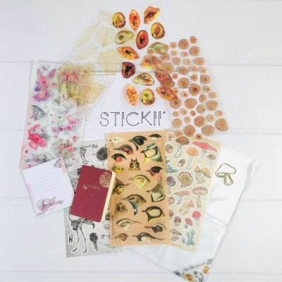 STICKII Club August 2020 Subscription Box Review – Retro Pack!