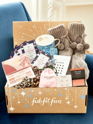 FabFitFun New Year Sale: FREE Mystery Bundle With Annual Subscription – LAST CHANCE!