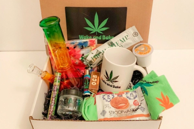 Wake and Bake Black Friday Sale: Save 25% on all subscriptions!