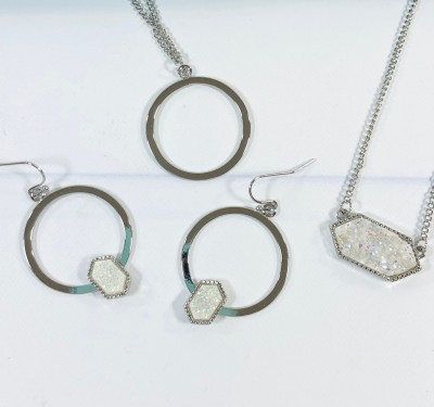 mintMONGOOSE Jewelry Subscription Review – December 2020