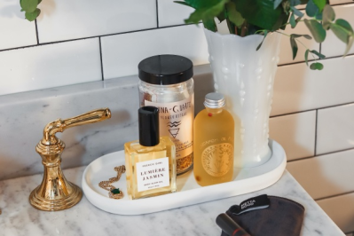 Flower + Stone – Review? Beauty and Wellness Subscription!