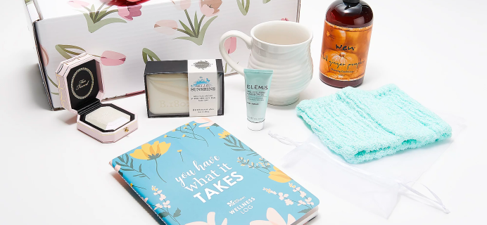 New QVC TILI Box Available Now – 8-Piece Buyer's Favorites Spring Box!