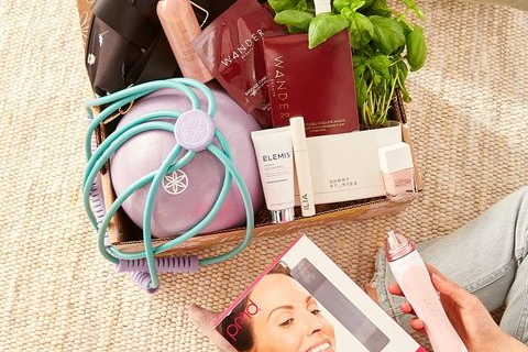 FabFitFun Sale: FREE PMD Personal Microderm PRO With Annual Subscription!