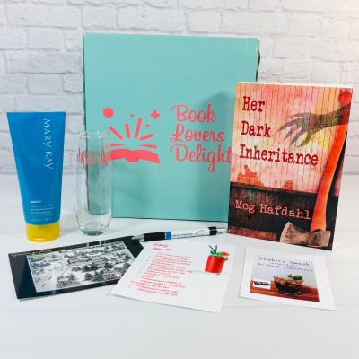 Book Lovers' Delight June 2021 Subscription Box Review