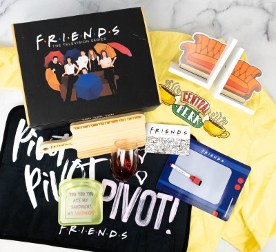FRIENDS Subscription Box Spring 2021 Review!